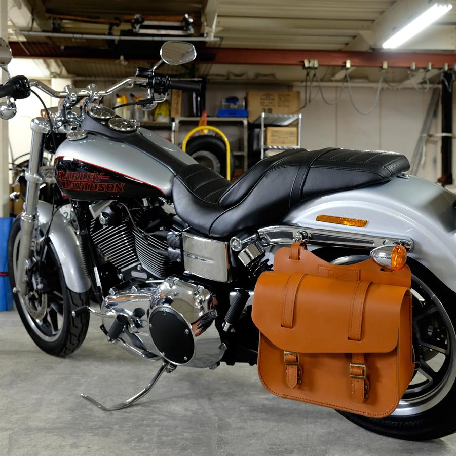 TM leather 本革製レザーサドルバッグ ブラウン