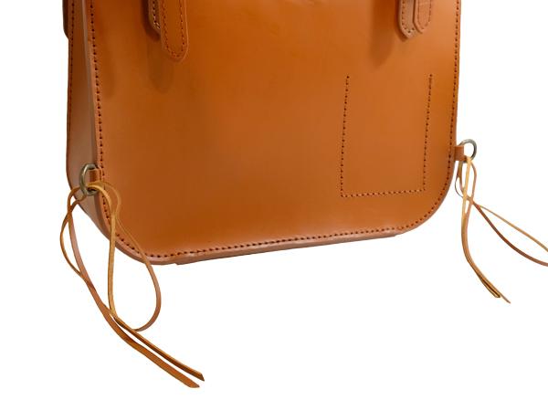 TMレザー本革製サドルバッグ 付属の革紐