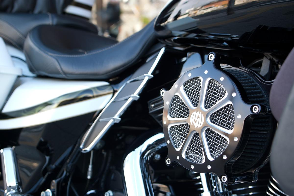 Harley-Davidson 2012 FLTRXSE Road Glide Special