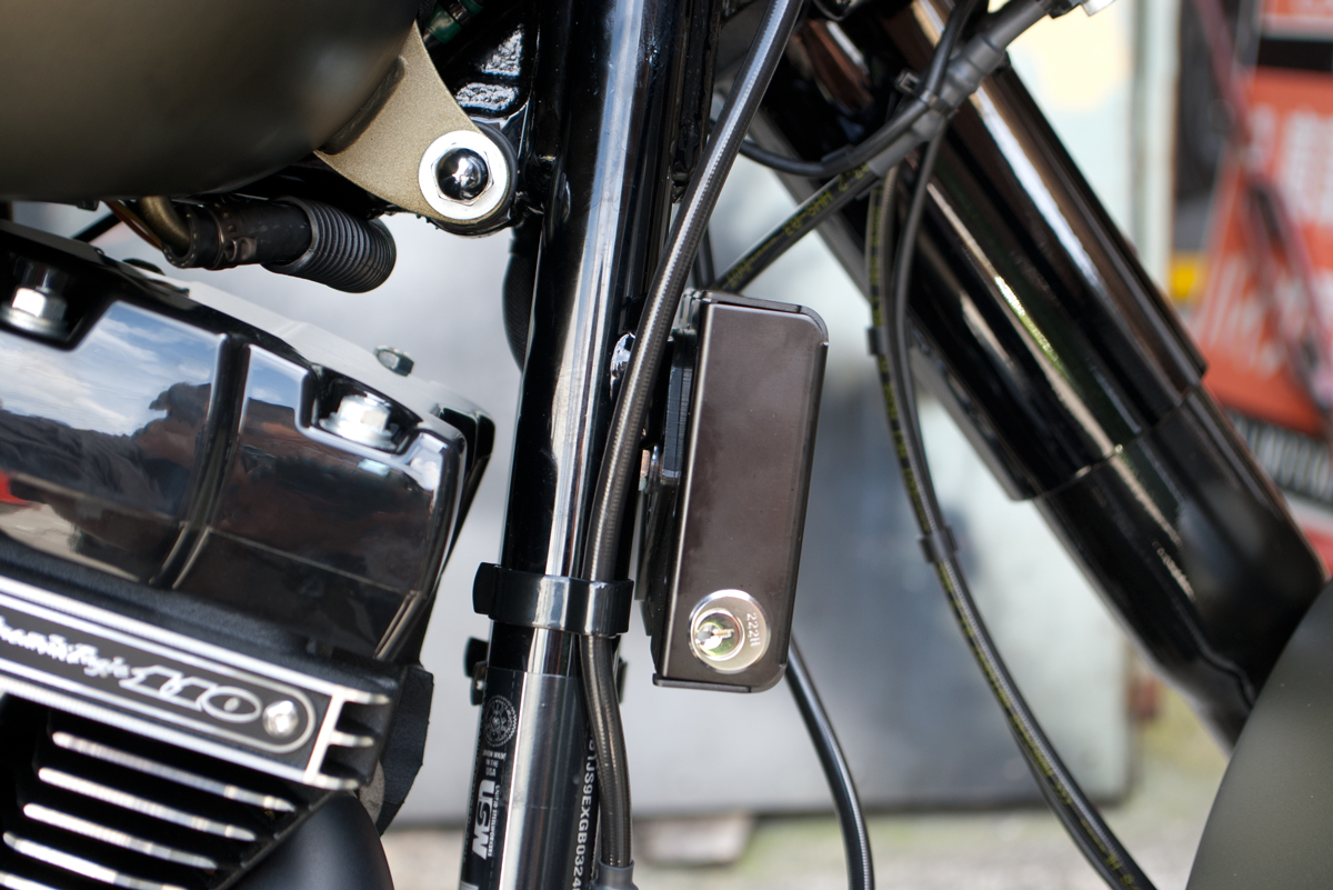 ETC Lock Case on Softail Slim S