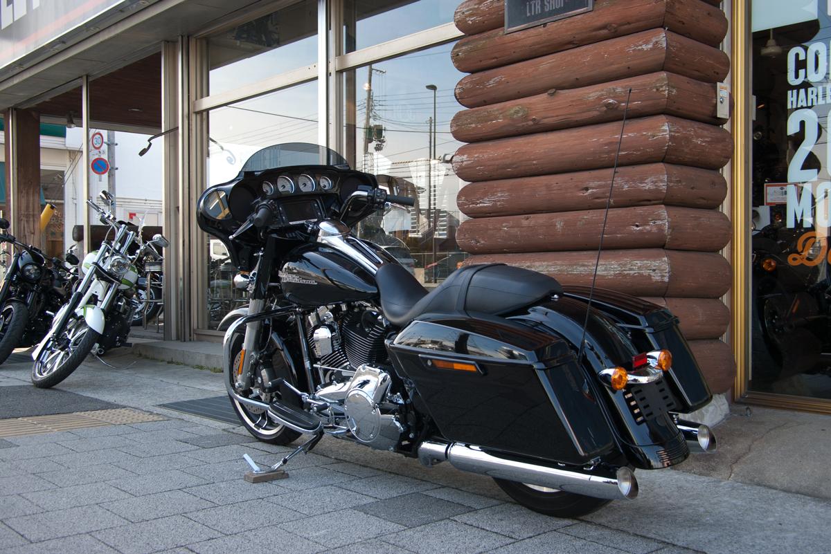 Harley-Davidson 2015 FLHXS