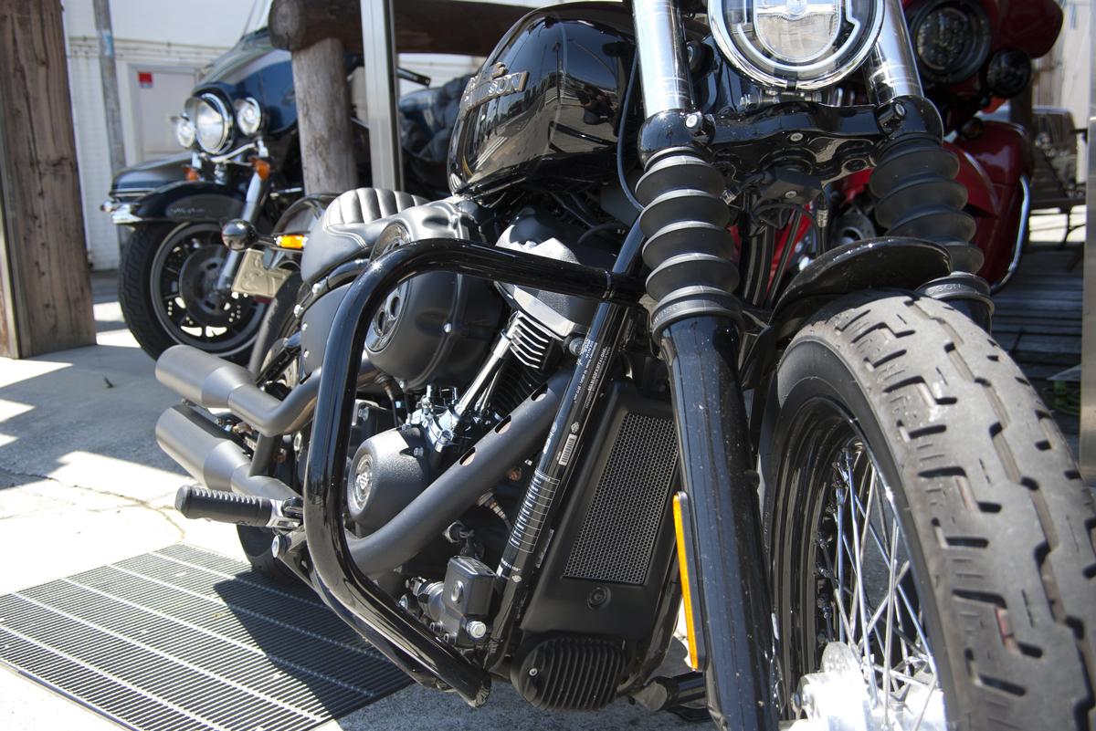 Harley-Davidson 2018 ストリートボブ オイルクーラーコアガード