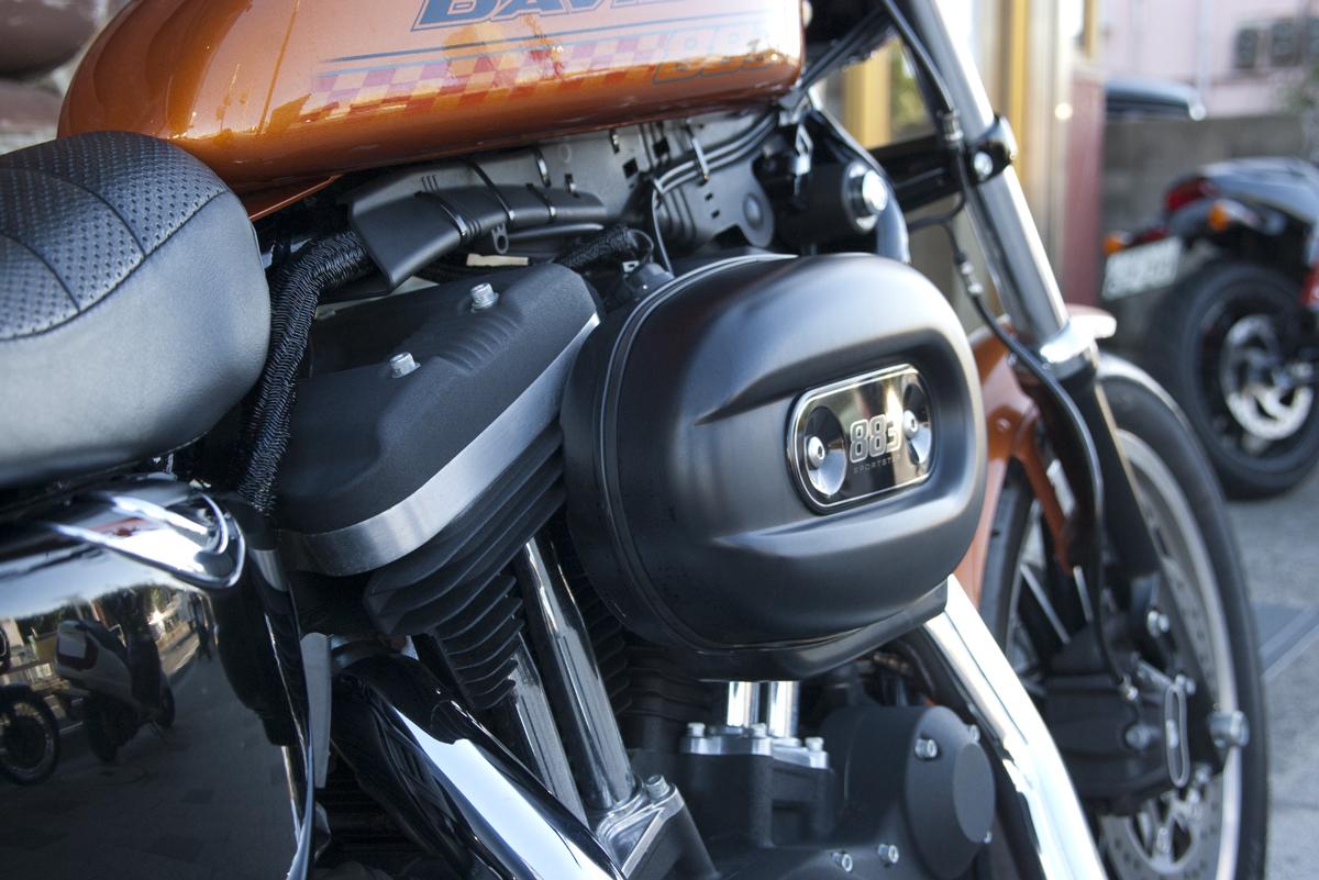 2015 Harley-Davidson Sportster model XL883R
