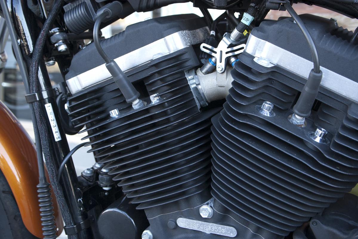 2015年 Harley-Davidson スポーツスター XL883R 中古車