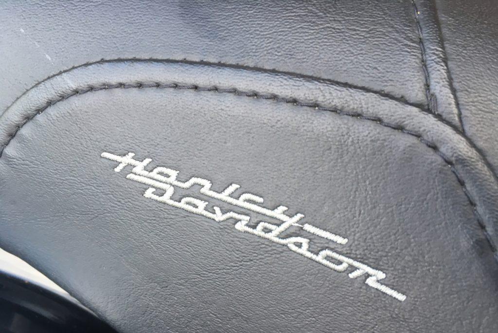 2006年 FLHR ロードキング シート