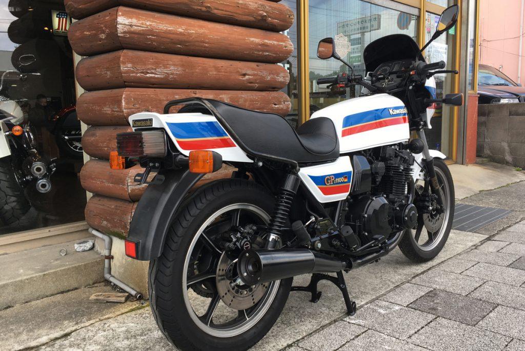 kawasaki z1100gp テールカウル