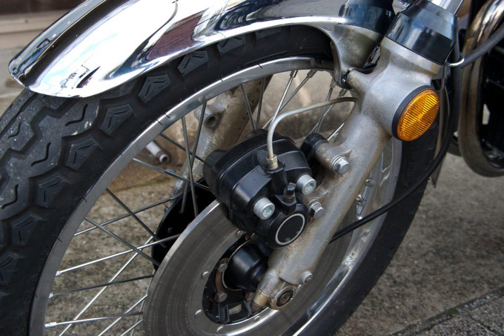 Kawasaki 1974 Z2 フロントブレーキ