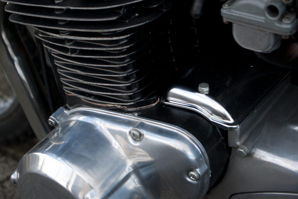 Kawasaki 1974 Z2 エンジン