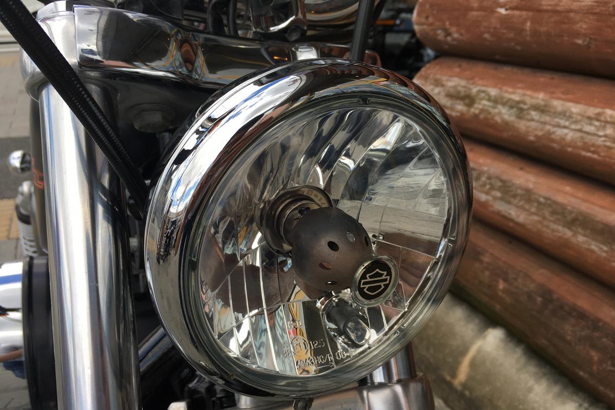 2016年 XL1200V セブンティーツー ヘッドライト