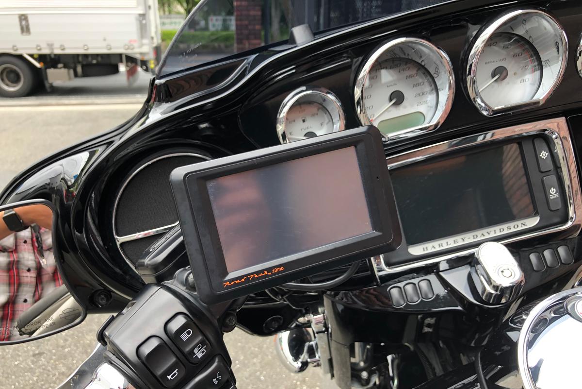 Harley-Davidson FLHXS ナビゲーション