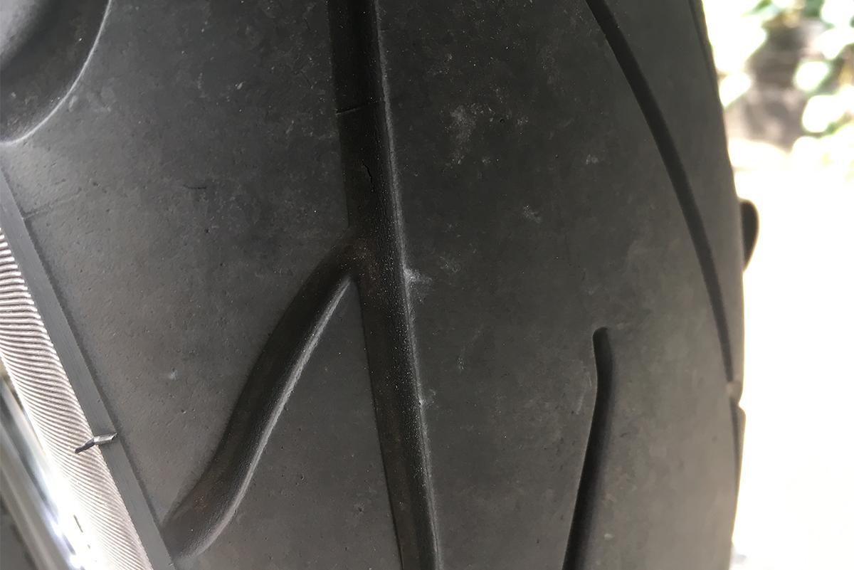 1997 FXDL ローライダー タイヤ