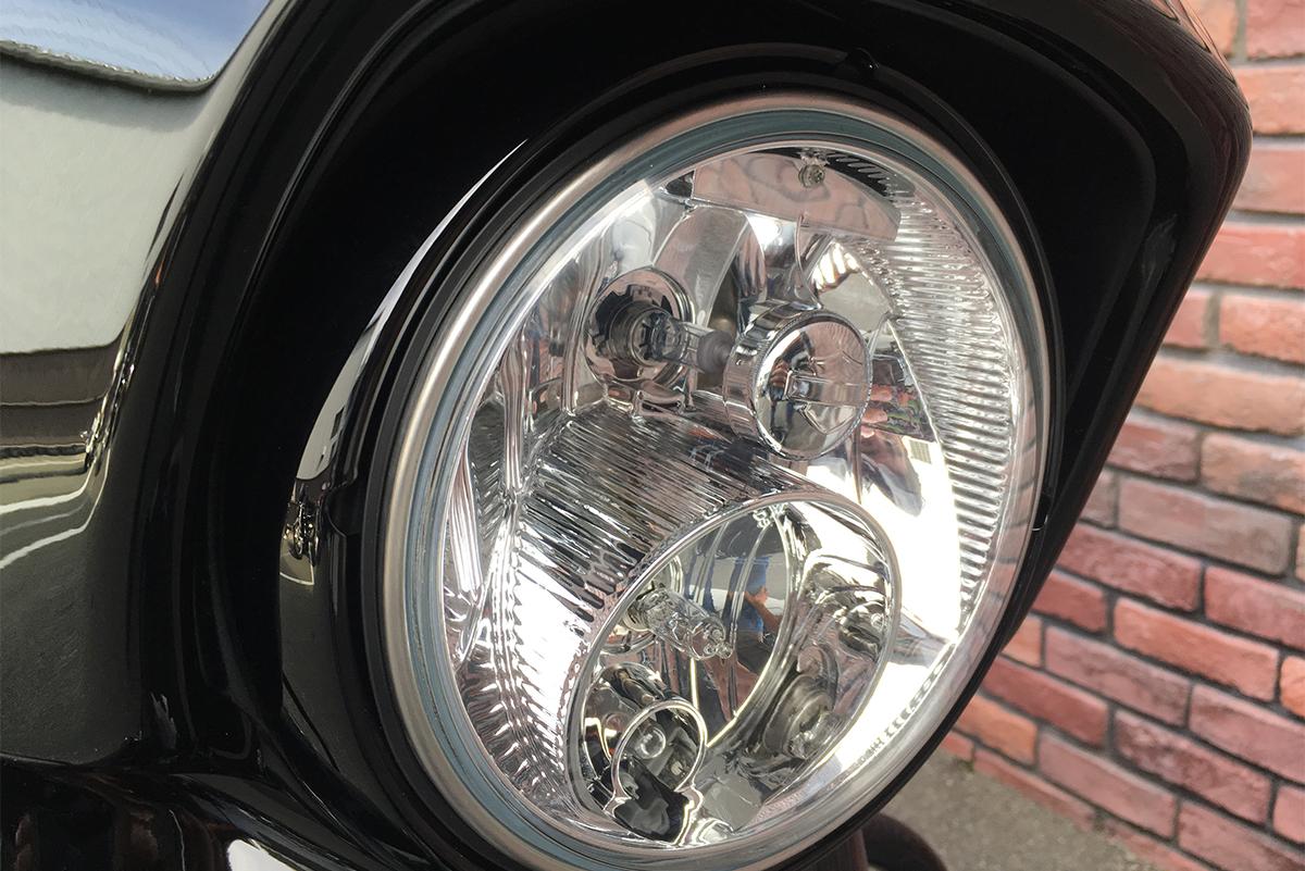 ハーレーダビッドソン ストリートグライドスペシャル ヘッドライト