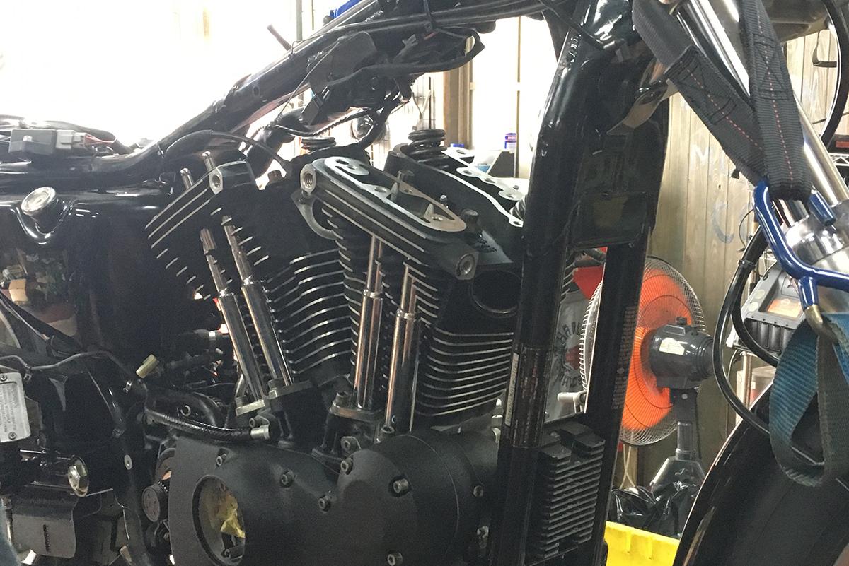 XL1200S エンジン