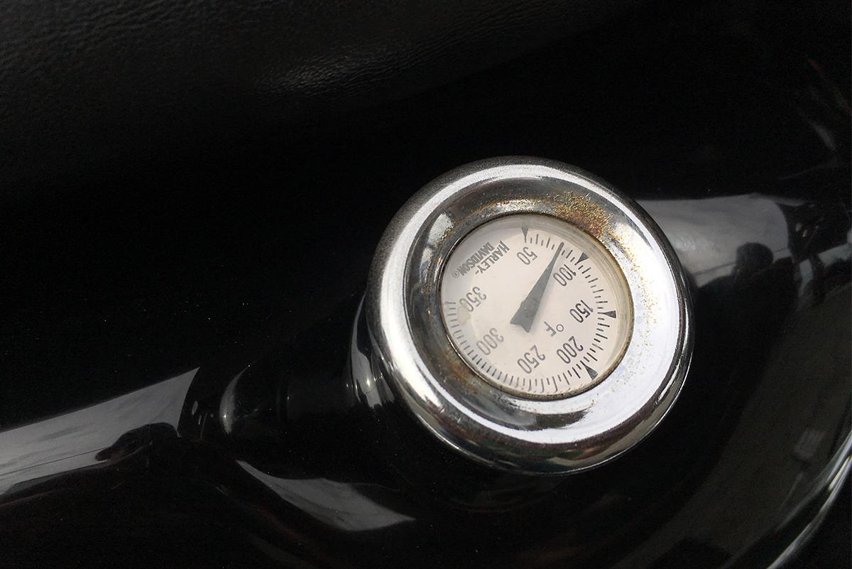スポーツスター 1200S 油圧メーター