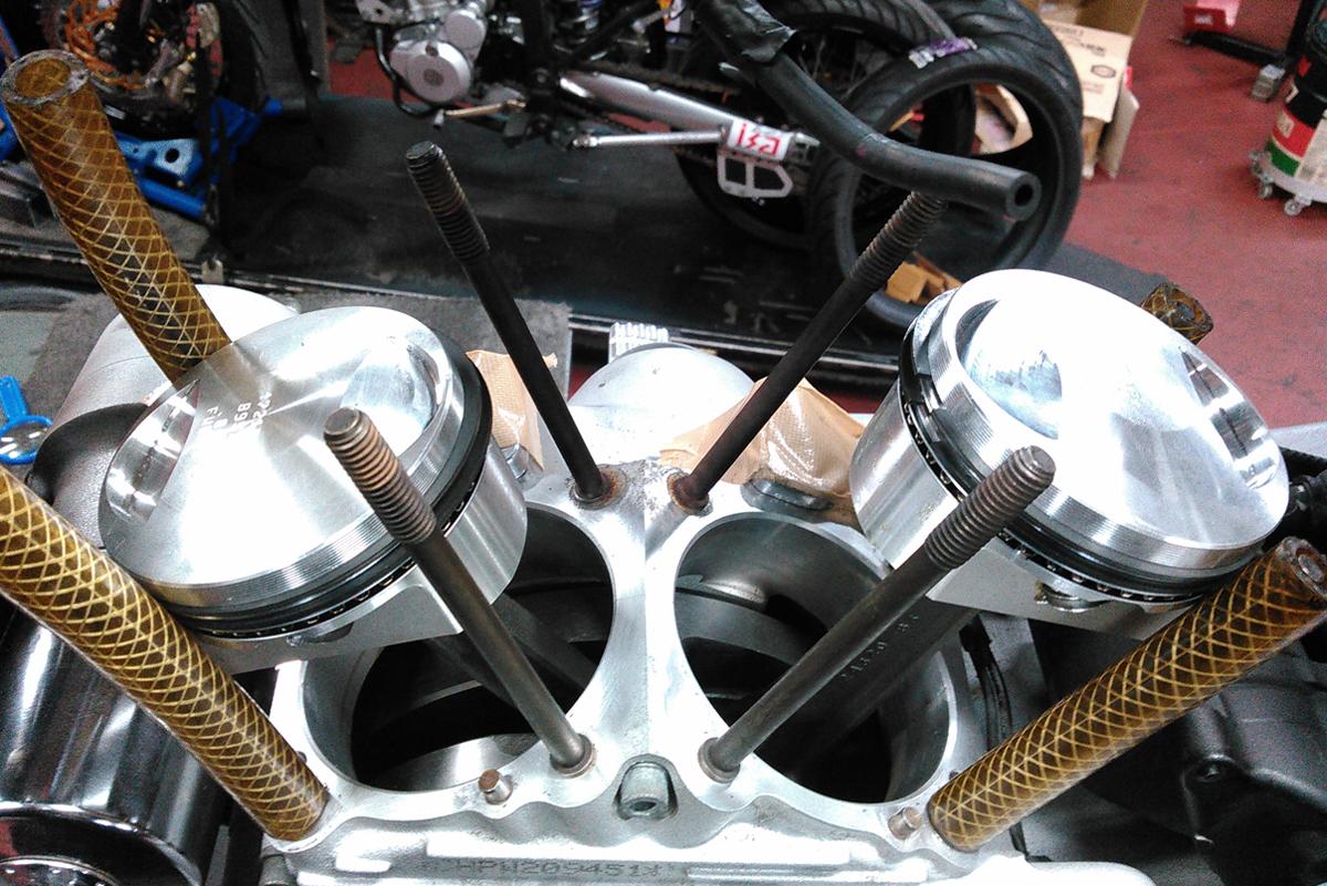 XL1200S エンジンオーバーホール