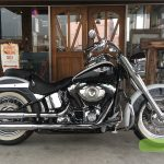 """<font style=""""font-size:90%;"""">2006年 FLSTN Softail Deluxe<br><font style=""""font-size:50%;"""">車両本体価格:</font>129<font style=""""font-size:50%;"""">万円</font> / <font style=""""font-size:50%;"""">走行距離:</font>12,807<font style=""""font-size:50%;"""">km</font></font><font style=""""color:red;font-size:80%;"""">sold out</font>"""