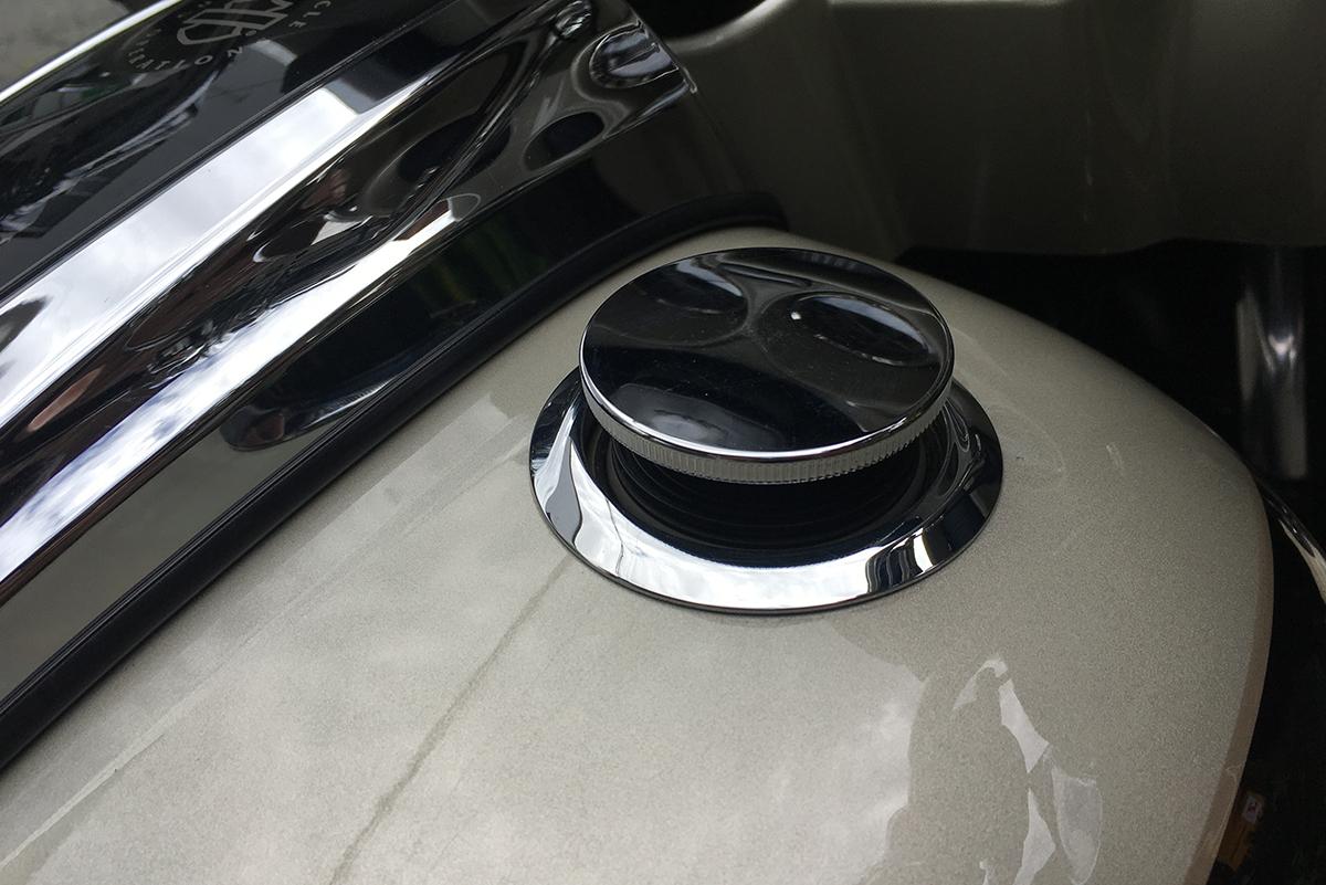 FLHXSE2 タンクキャップ