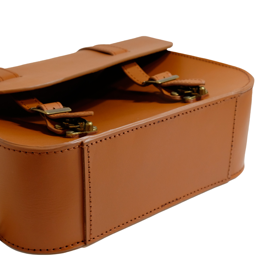 TM leather 強化されたサドルバッグの底部